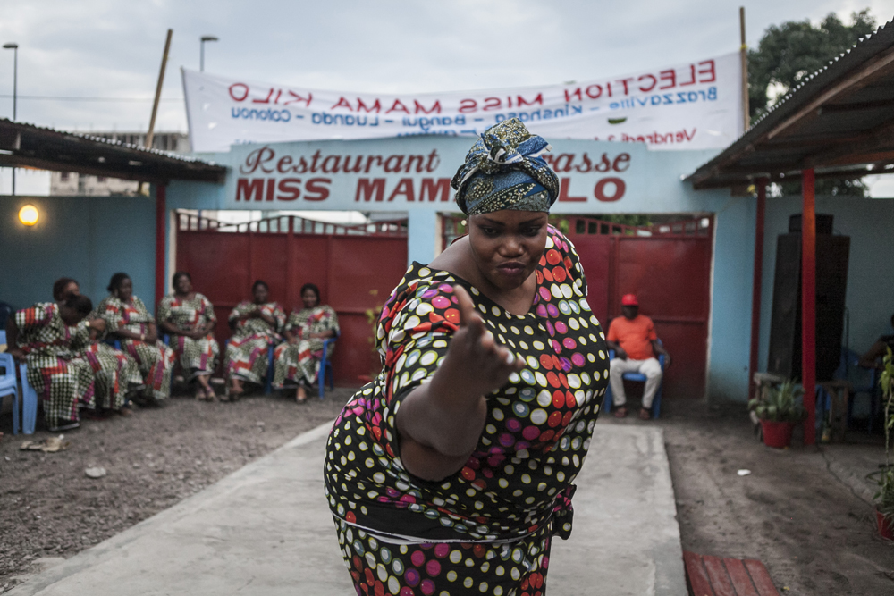 Concursante de Miss Mama Kilo, Brazaville.