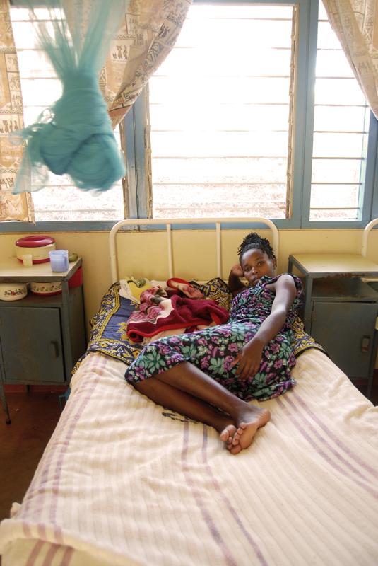 Muchas familias kenianas no pueden asumir ni el ingreso ni el transporte sanitario de los enfermos / Fotografía: María Ferreira