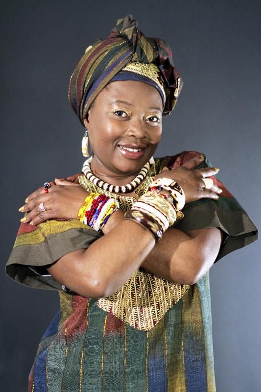 La cantante guineana Paloma del Sol