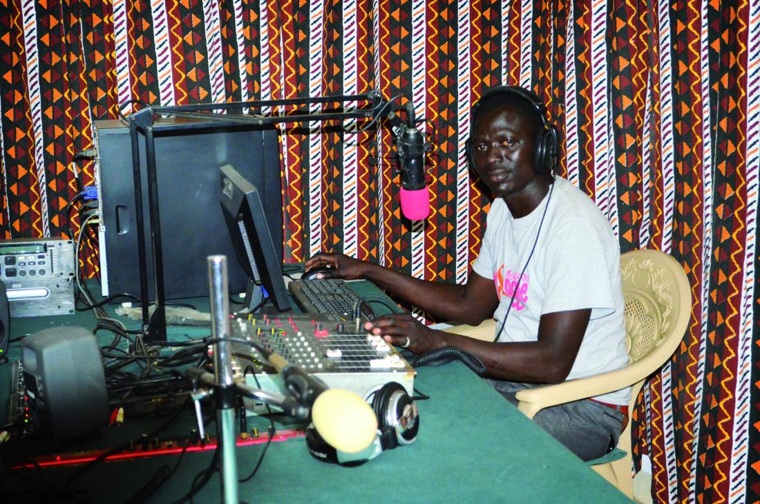 Locutor de Radio Voz de la Paz, Sudán