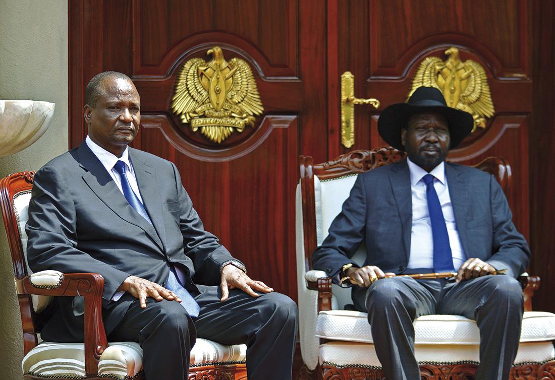 El presidente de Sudán del Sur, Salva Kiir, y el nuevo vicepresidente Taban Deng Gai