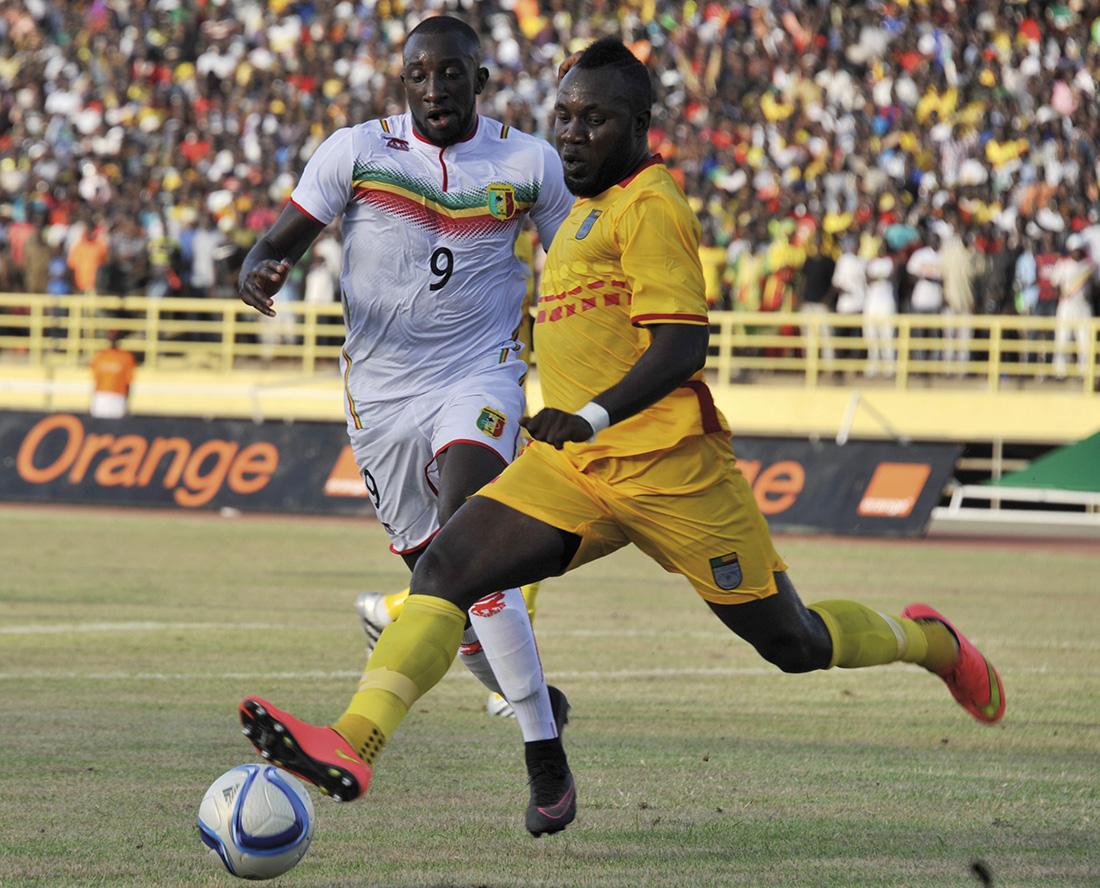 Partido clasificatorio para la próxima Copa África entre Malí y Benín. El fútbol, como en tantos sitios, también es tema de conversación ente los malienses / Fotografía: Getty Images