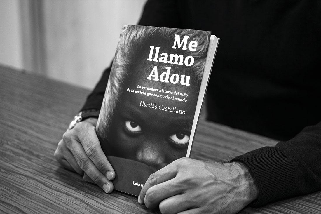 """Libro """"Me llamo Adou"""", de Nicolás Castellano"""